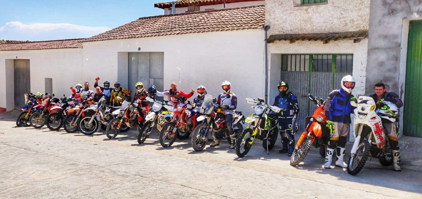 CURSO NAVEGACIÓN ROADBOOK EN MONEGROS